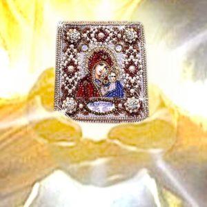 Образа в каменьях оберег с молитвой Казанская Божия Матерь арт. 77-ю-01